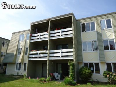 Image 2 unfurnished 2 bedroom Apartment for rent in Hyannis, Mid Cape Cod