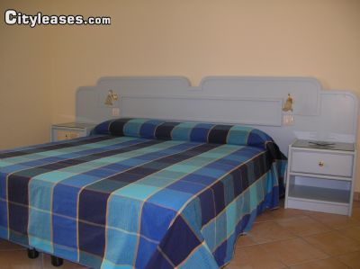 Image 5 either furnished or unfurnished 4 bedroom Apartment for rent in Sorrento, Naples