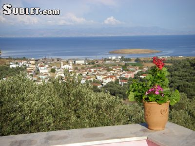 Image 3 furnished 2 bedroom House for rent in Mytilene, lesbos