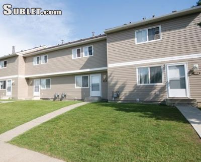 Image 1 unfurnished 2 bedroom Townhouse for rent in Overlanders, Edmonton Northeast
