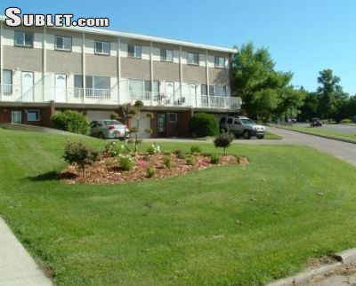 Image 3 unfurnished 2 bedroom Apartment for rent in Cambrian Heights, Calgary Northwest