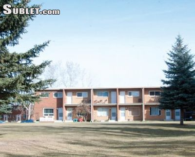 Image 2 unfurnished 4 bedroom Townhouse for rent in Medicine Hat Area, South Alberta