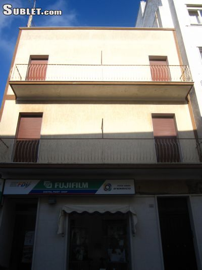 Image 10 either furnished or unfurnished 2 bedroom Apartment for rent in Cisternino, Brindisi