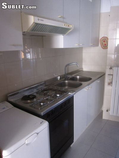 Image 2 either furnished or unfurnished 2 bedroom Apartment for rent in Cisternino, Brindisi