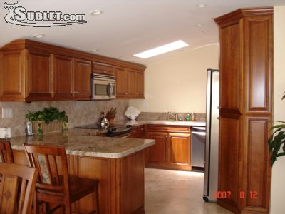 Image 2 furnished 3 bedroom Townhouse for rent in Mira Mesa, Northeastern San Diego