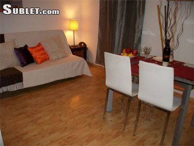 Image 2 either furnished or unfurnished 1 bedroom Apartment for rent in Sagrada Familia, Eixample
