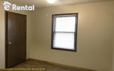 Image 9 unfurnished 2 bedroom Apartment for rent in Greene (Springfield), Ozark Mountain