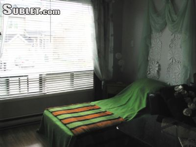 Image 8 Furnished room to rent in Longueuil, Montreal Area 5 bedroom House