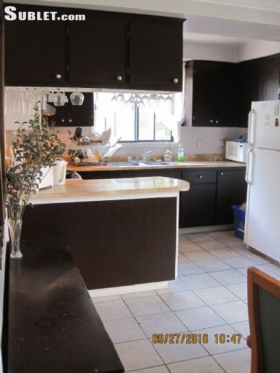 Image 9 Furnished room to rent in Longueuil, Montreal Area 5 bedroom House