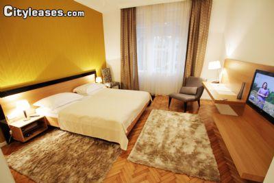 Image 1 furnished 3 bedroom Apartment for rent in Stari Grad, Belgrade