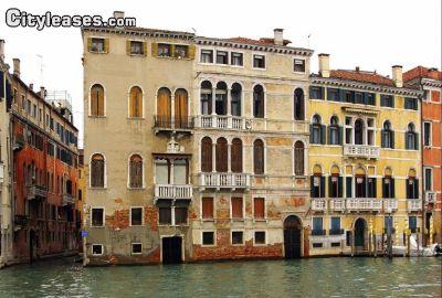 Image 1 furnished 1 bedroom Apartment for rent in Venezia, Venezia