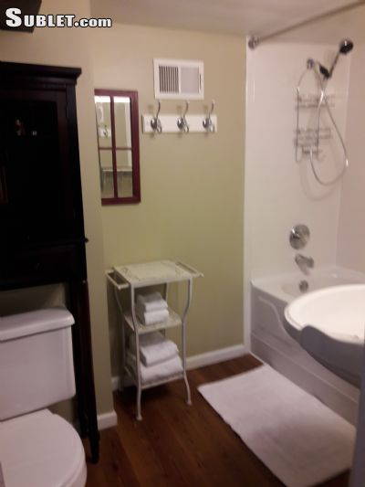 Image 3 furnished 1 bedroom Apartment for rent in Edgewater, North Side