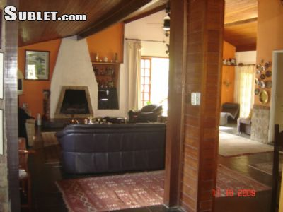 Image 5 furnished 2 bedroom House for rent in Lagos, Rio de Janeiro