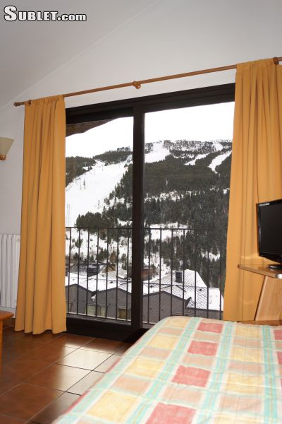 Image 1 furnished Studio bedroom Apartment for rent in Soldeu, Canillo