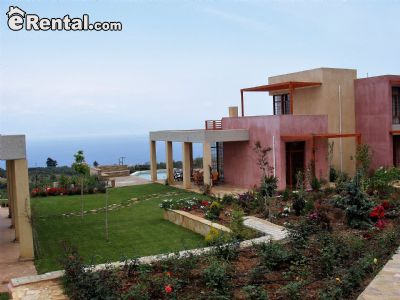 Image 1 furnished 4 bedroom House for rent in Xylokastro, Corinthia