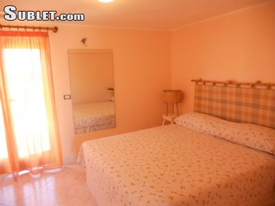 Image 1 furnished Studio bedroom Apartment for rent in Acireale, Catania