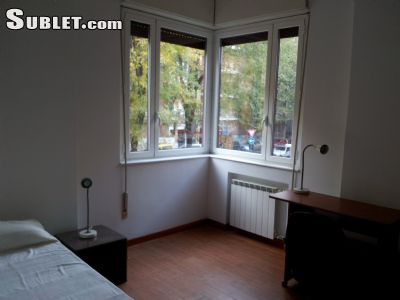 Image 2 Furnished room to rent in Trieste, Roma (City) 4 bedroom Apartment