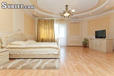 Image 2 Furnished room to rent in Centru, Chisinau Studio bedroom Apartment