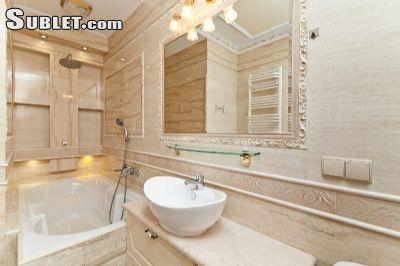 Image 3 Furnished room to rent in Centru, Chisinau Studio bedroom Apartment