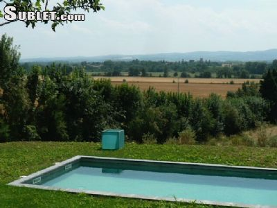 Image 2 furnished 4 bedroom House for rent in Carcassonne, Aude