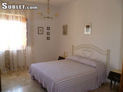 Image 1 furnished 2 bedroom House for rent in Cisternino, Brindisi