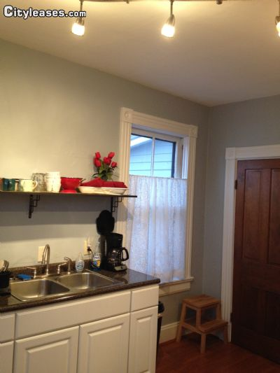 Image 2 furnished 1 bedroom Apartment for rent in Mount Healthy, Hamilton County