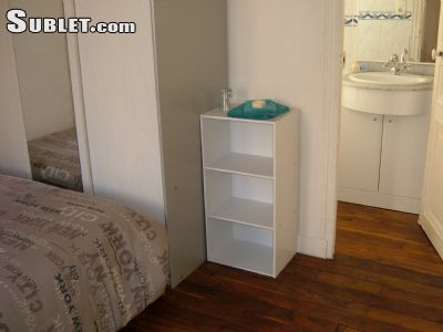 Image 3 furnished 1 bedroom Hotel or B&B for rent in Malakoff, Hauts-De-Seine