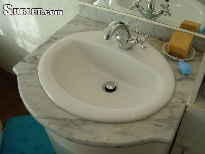 Image 6 furnished 1 bedroom Hotel or B&B for rent in Malakoff, Hauts-De-Seine