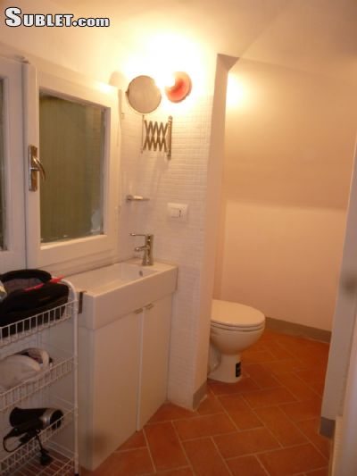 Image 5 furnished 3 bedroom Apartment for rent in Florence, Florence
