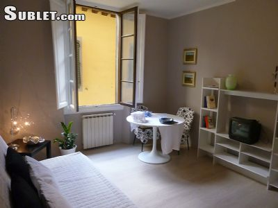 Image 1 furnished 3 bedroom Apartment for rent in Florence, Florence