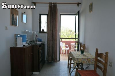 Image 3 furnished 2 bedroom Apartment for rent in Armenoi, Chania