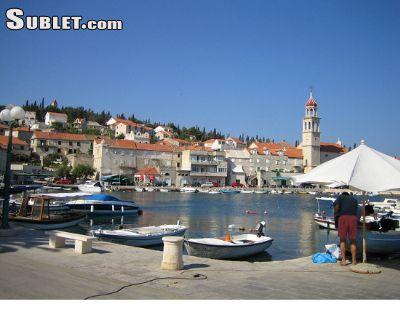 Image 2 furnished 3 bedroom Apartment for rent in Sutivan, Split Dalmatia
