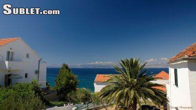 Image 4 furnished 3 bedroom Apartment for rent in Sutivan, Split Dalmatia