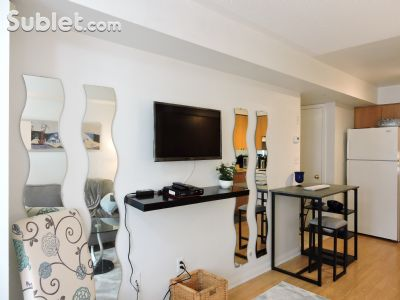 Image 3 furnished 1 bedroom Townhouse for rent in Mississauga, Peel Region