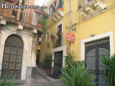 Image 1 Furnished room to rent in Catania, Catania 4 bedroom Hotel or B&B