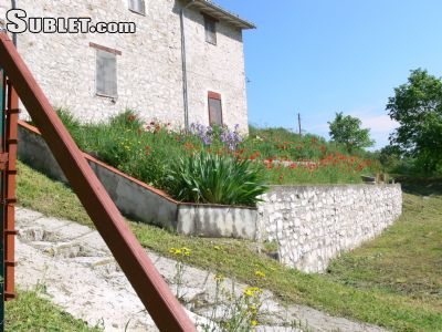 Image 8 furnished 3 bedroom House for rent in Cerreto di Spoleto, Perugia