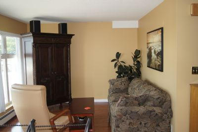 Image 3 furnished 1 bedroom Apartment for rent in White Rock, Vancouver Area