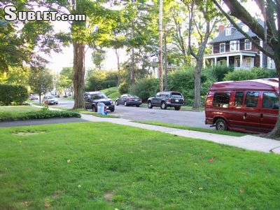 Image 2 unfurnished 4 bedroom House for rent in Port Chester, Westchester