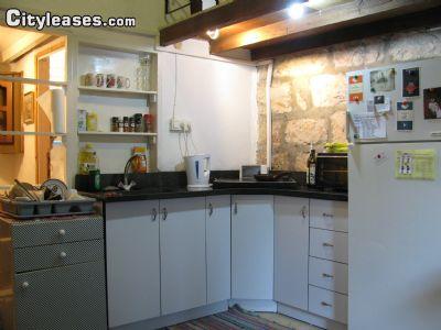 Image 3 furnished 1 bedroom Apartment for rent in Abu Tor, Southern Jerusalem