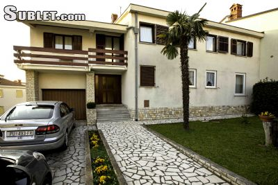 Image 1 furnished 3 bedroom Apartment for rent in Pula, Istria