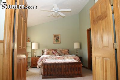 Image 2 furnished 1 bedroom Apartment for rent in Middleborough, Bristol - Plymouth County