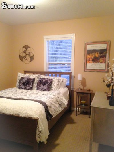 Image 2 furnished 3 bedroom House for rent in Napa, Napa Valley