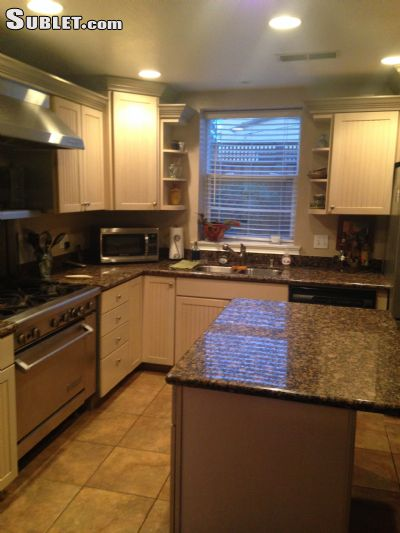 Image 4 furnished 3 bedroom House for rent in Napa, Napa Valley