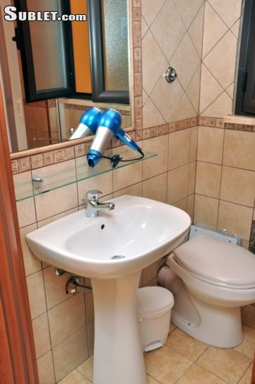 Image 4 Furnished room to rent in Agrigento, Agrigento 3 bedroom House