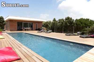 Image 1 furnished 4 bedroom House for rent in Other Bouches-du-Rhone, Bouches-du-Rhone