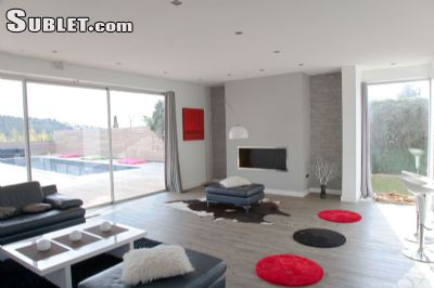 Image 5 furnished 4 bedroom House for rent in Other Bouches-du-Rhone, Bouches-du-Rhone