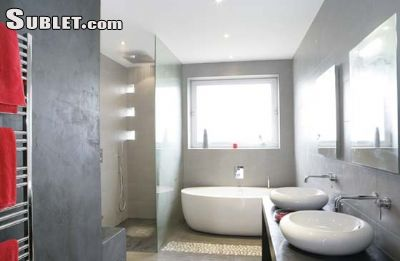 Image 7 furnished 4 bedroom House for rent in Other Bouches-du-Rhone, Bouches-du-Rhone