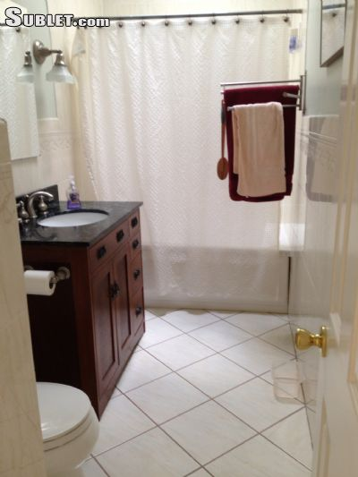 Image 4 Furnished room to rent in Capitol Hill, DC Metro 3 bedroom Townhouse