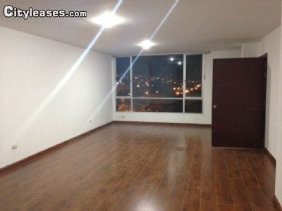 Image 1 unfurnished 3 bedroom Apartment for rent in Loja, Loja