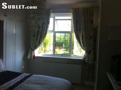 Image 2 Furnished room to rent in Epsom and Ewell, Surrey 4 bedroom House